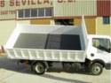 Comercial trivuelco con laterales abatibles tanto hacia abajo o hacia arriba, con equipo basculante de tres posiciones
